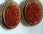 Vintage sparkling brick red with golden screw back earring studs