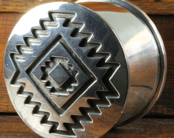 Native American Silver Southwestern Engraved Trinket Stash Box