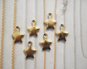 6 Goldplated Star Charms