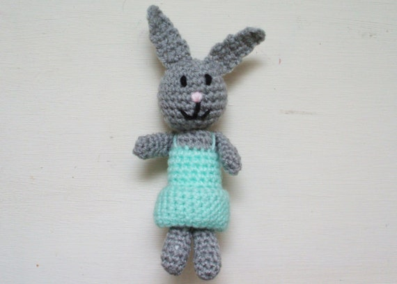 Crochet pattern PDF - Betty the Bunny