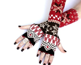 Red  christmas  Arm Warmers , fingerless gloves , mittens ,  cuffs , hand warmers, Snowflakes, holliday gift,