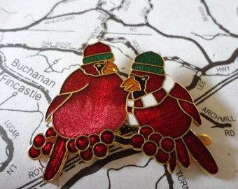 Vintage Christmas Bird Brooch Enamel