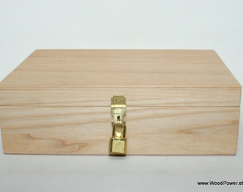 Wooden Gift and Keepsake Box with Padlock / Ash Wood Box / Natural Wood Box 9.85 x 6.30 x 2.95 inch