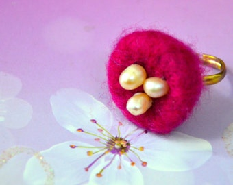Needle Felted Nest with Fresh Water Pearl Egg Ring (Red)