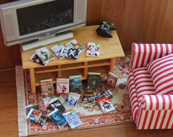 Dollhouse miniature videogames .21 different  pieces