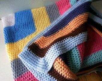 "HUGE 52"" Crochet Knit Blanket Bed Linen"