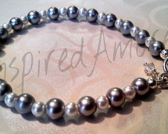 Light Grey and White Pearl