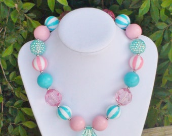 Girls chunky necklace/Chunky gumball necklace/Photo prop