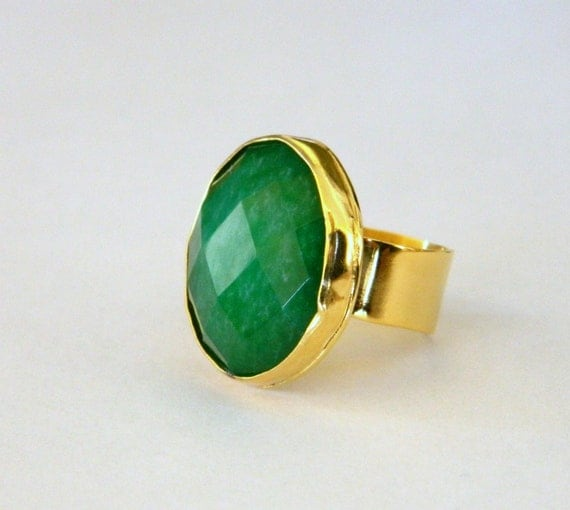Green ring, cocktail ring emerald green, cocktail gold ring, statement ring green stone, green gold ring, May birthday ring.