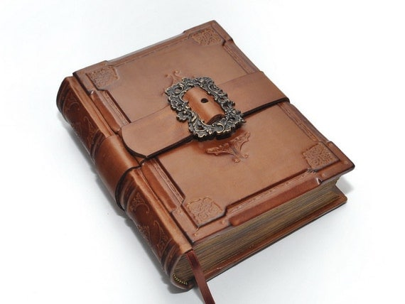 A knight's journal- handmade brown leather  journal  - Medieval style, 6x8 inch (15x20 cm) in gift box