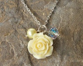 Light Yellow Flower Pearl Cluster Pendant Necklace