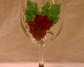 Hand Painted 20oz Wine Glass with Grapes