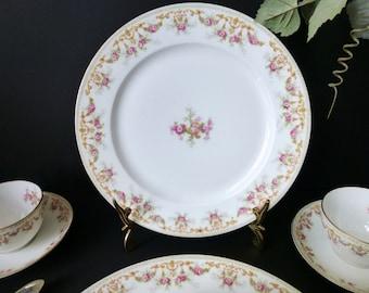Limoges Dinner Plates set of 12 c 1907-1919