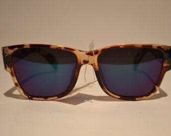 Vintage Shiny Brown Tortoiseshell Square-Frame Sunglasses