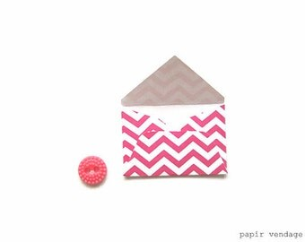Mini Envelopes, Mini Hot Pink Envelopes, Mini Party Favors, Mini Stationary, Little Envelopes,Mini Tags, Mini Envelopes for Wedding, Mini
