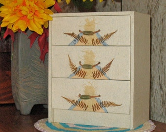 Handmade Recycled Paper Jewelry Chest w Natural Ferns and Unichite Beads