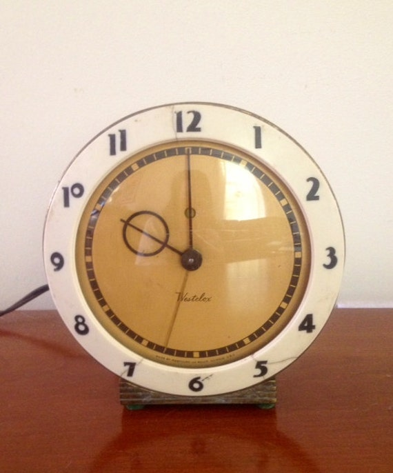 1939 art deco alarm clock westclox pittsfield Art deco alarm clocks