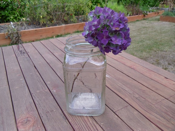 Large 1930s Reliance Brand Wide Mouth Mason Jar