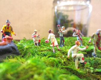 My Very Own Horde...Five Miniature Zombies Undead Terrarium Miniature Zombie Apocalypse Zombie Horde The Walking Dead
