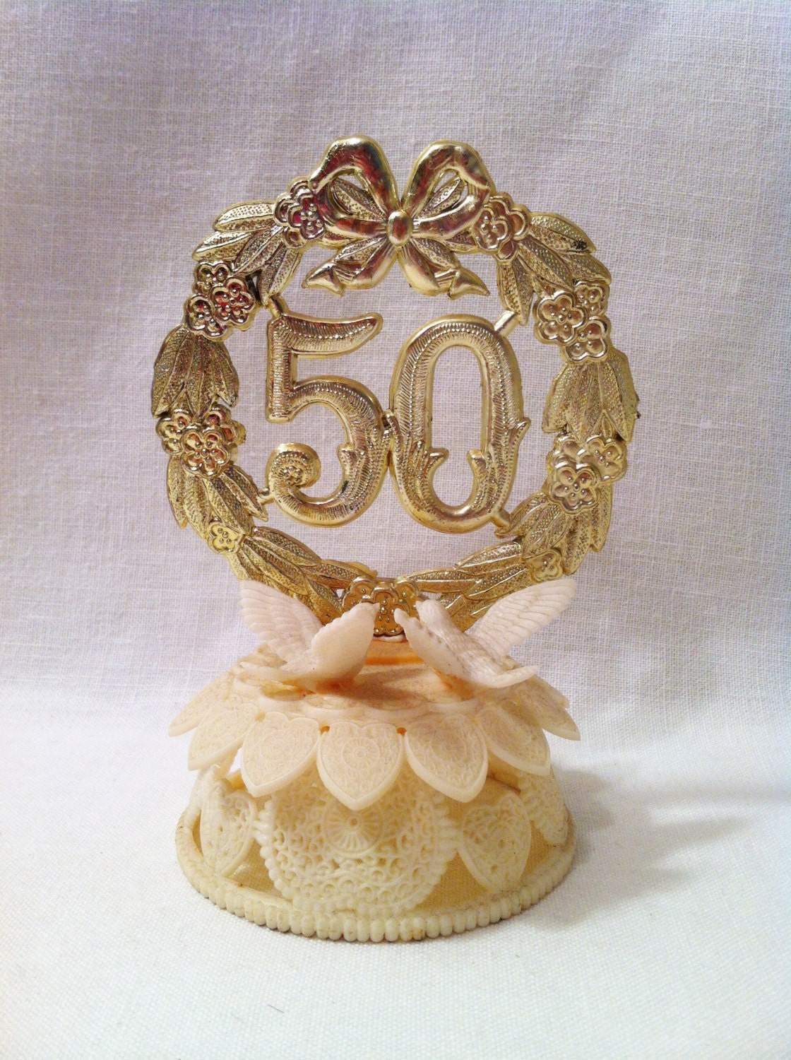wedding cake toppers for 50th anniversary vintage retro 50th wedding anniversary cake topper wilton 26468