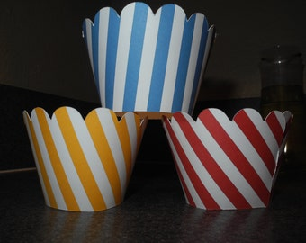Stripes Cupcake Wrappers  Set of 12 Birthday Celebration Red Blue Yellow