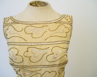 1950s Vintage - - Beaded Peach Evening Dress - - S/M