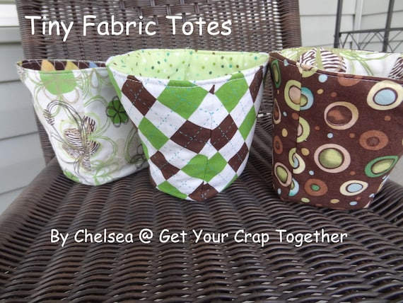 PATTERN:  Tiny Fabric Totes