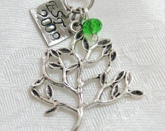 Family Tree charm necklace - silver plated tree charm with hand stamped tag and Swarovski crystals