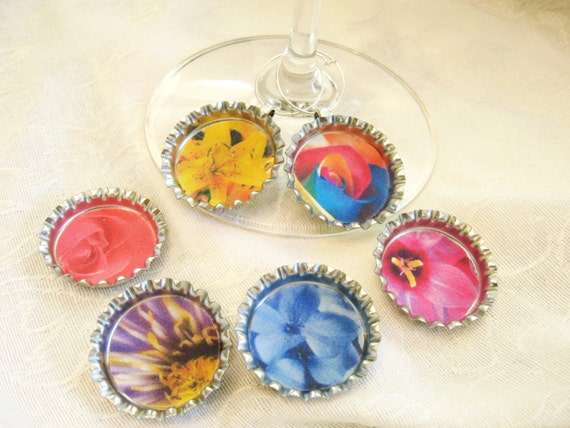 Flower wine charm bottle cap wine charms with by shadedlines for How to make bottle cap flowers