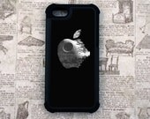 Star Wars Inspired Death Star Apple 2 Piece Rubber Lined iPhone 5 / 5s Case for Added Protection