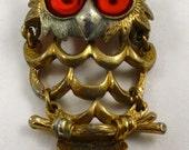 VINTAGE OWL BROOCH Gold Plated Brooch with Ruby Red Eyes