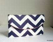 navy coral clutch/blue handbag/beach wedding/Moms gift/Navy chevron clutch/teachers gift/womens gift/chevron Clutch in Navy And Coral