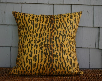 Yellow and black leopard print -Throw Pillow Cover