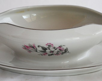 Embassy USA Vitrified China Pattern EMB 63 Gravy Boat with Attached Underplate