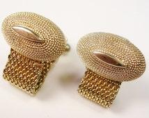 VINTAGE SWANK CUFFLINKS / gold tone mesh wrap / Men's Jewelry Formal Wear / Wedding Jewelry Groom Gentleman Bling Best Man Tuxedo