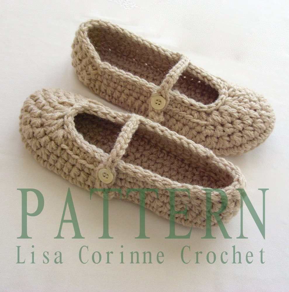 Ladies Crochet Patterns : Womens House Slippers Crochet Slippers by LisaCorinneCrochet