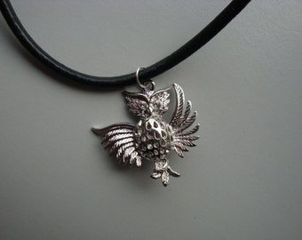 Necklace with silver plated owl pendant