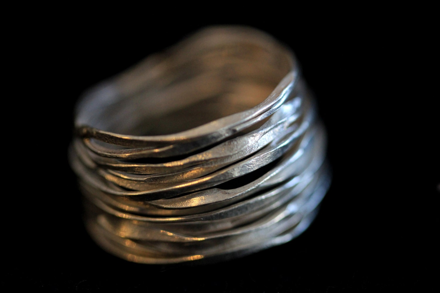 handmade hammered silver wire ring r0005