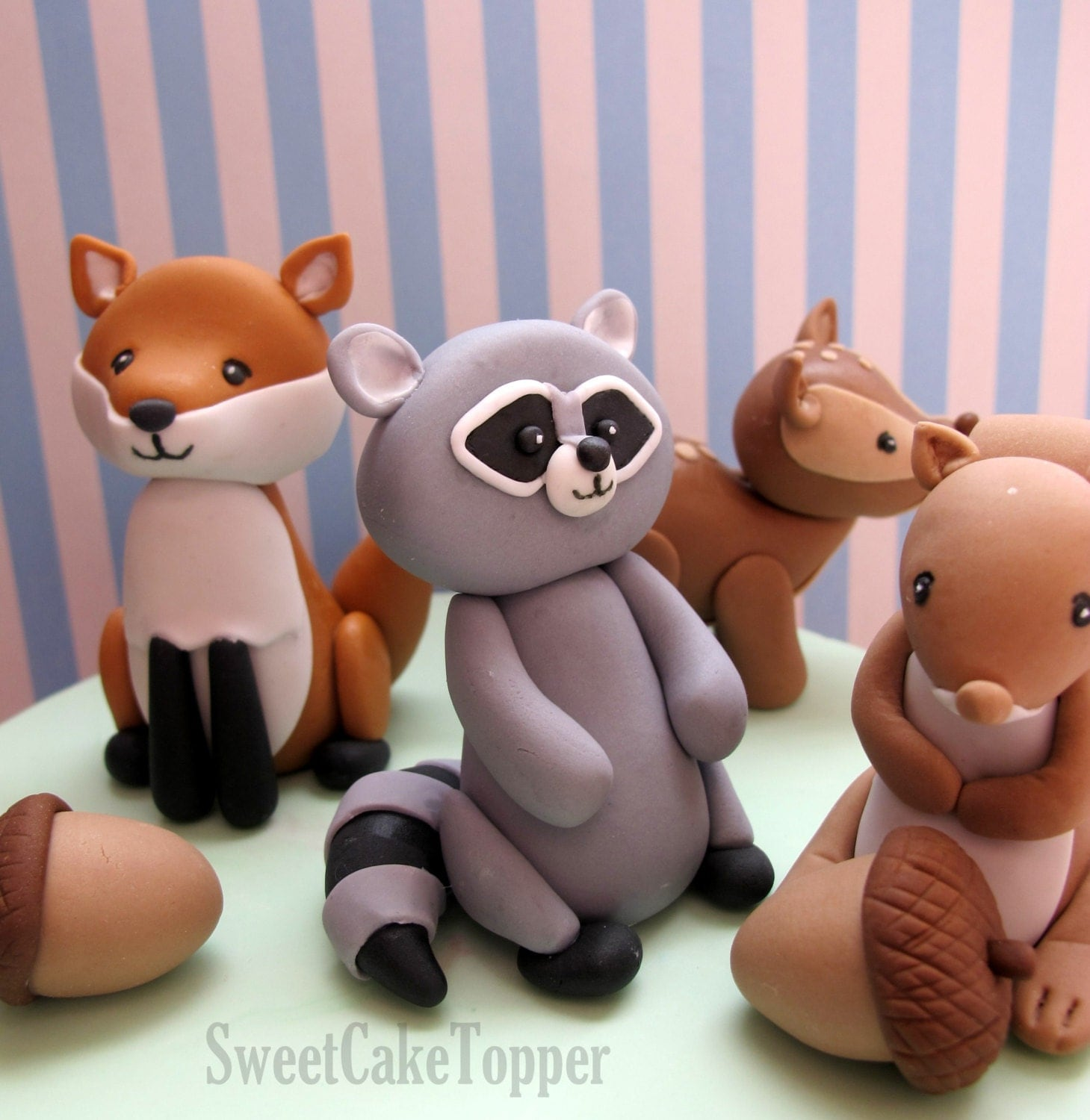 Reserved for ms jessica woodland animal cake topper with for Animal cake decoration
