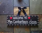 Teacher Welcome Sign Name Hanger Apple for the Teacher