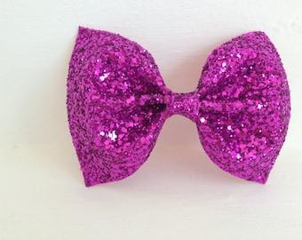 Fuschia pink glitter bow