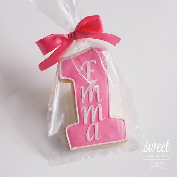 Personalized First Birthday Cookie Favors // One Dozen Sugar