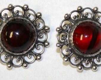 1930's Sterling Silver Bakelite Clip On Earrings