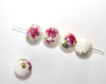10 Pcs. ceramic beads / porcelain beads / with flowers / white - pink / 12 mm   KS50