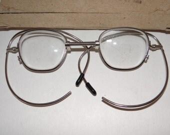Vintage Gas Mask Rx Glasses (Twist-Bend-Stretchable)