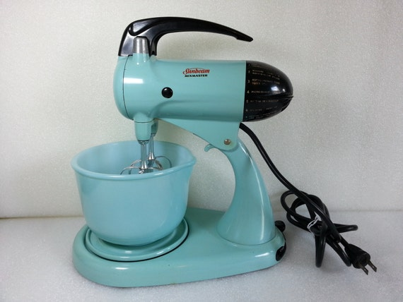 Small Exhibition Stand Mixer : Reserved for ayme vintage turquoise speed sunbeam model