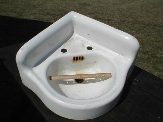 Vintage Corner Sink : RESERVED FOR LARRY 3/8/14 vintage CoRnEr SiNk cast iron porcelain ...