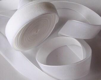5 yards 3/4 inches Velvet Ribbon in White RY34-01
