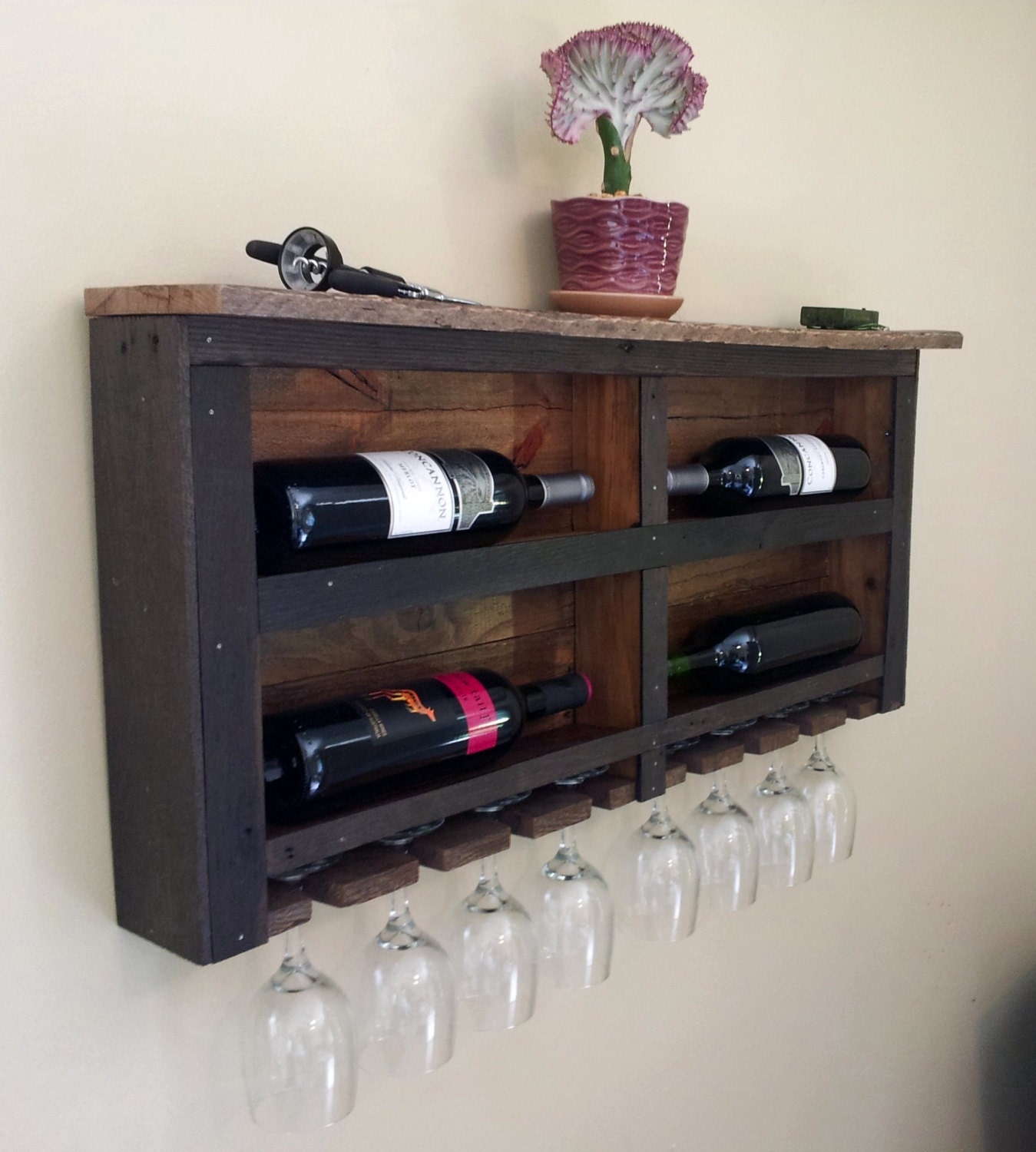 reclaimed pallet wood wine rack with red led lights and top. Black Bedroom Furniture Sets. Home Design Ideas
