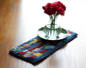 "6 x 12 hand hooked mini table runner or table mat, ""Droplets"""
